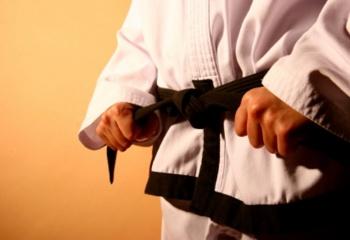 Как получить черный пояс по карате