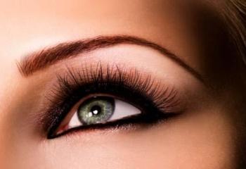 Как накрасить миндалевидные глаза