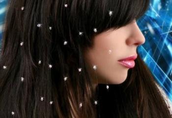 Как крепить стразы на волосы