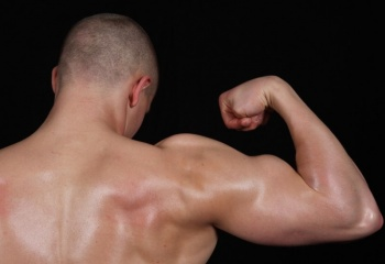 Как качать мышцы дома