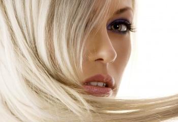 Как перекрасить волосы в блонд