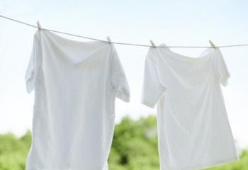 Как вывести воск с одежды