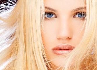 Как перекраситься из рыжего цвета в блондинку