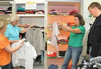 Как научиться подбирать одежду