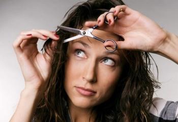 Как самой подстричь длинные волосы ровно