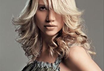 Как осветлить крашеные темные волосы