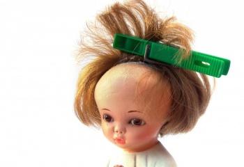 Как закалывать волосы