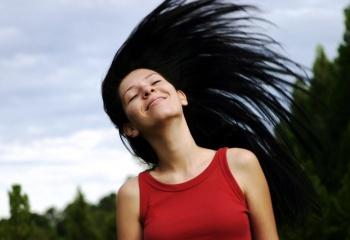 Как укрепить волосы и корни волос на голове