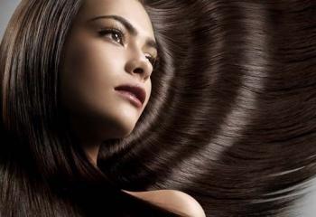 Выпрямление волос: как укротить строптивые волосы?