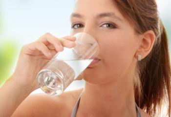 Как лечить сухость во рту