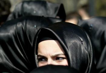 Как повязать платок на голову мусульманке