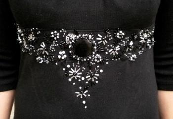 Украшение бисером платья 2