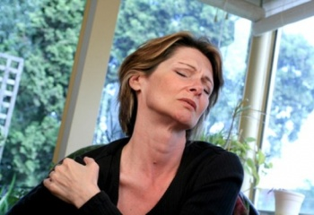 Также при заболеваниях шейного отдела широко применяются нестероидные противовоспалительные препараты,