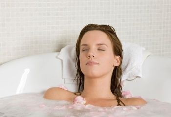 Горячая ванна при простуде