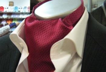 Как завязать мужской платок