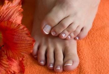 Все фото женских пальцев ног фото 169-195