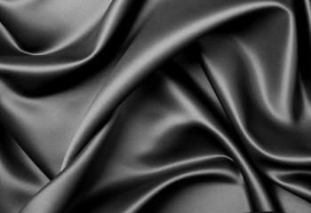 Как вернуть черный цвет одежде