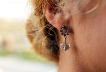 Как обрабатывать ухо после прокола