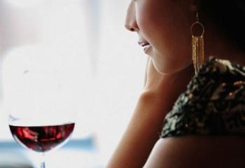 Женский алкоголизм: опасность рядом