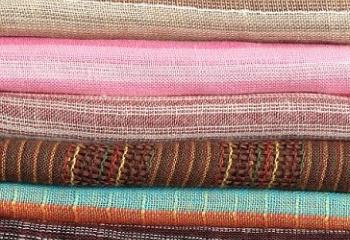 Как выбрать мебельную ткань