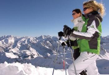 Зима - время отдыха на горнолыжных курортах