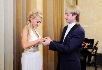 Рудковская и Плющенко : разница в возрасте. Евгений Плющенко и Яна 70