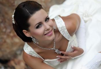 Семь шагов к идеальной свадебной прическе