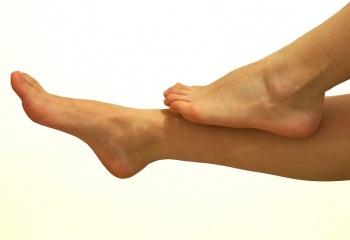 Шелушение кожи на ногах: в чем причины?