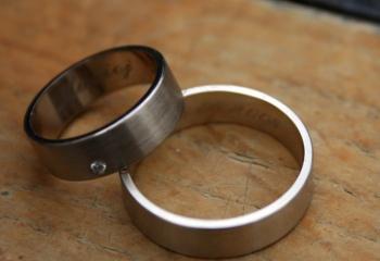 Рубиновая свадьба: что подарить на годовщину
