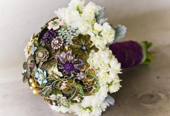 Свадебные цветы: формируем букет невесты