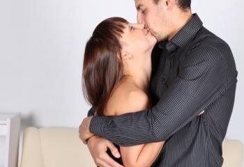 kak-nauchitsya-ispitivat-orgazm-zhenshine