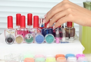 Бархат и замша: модные тренды для коротких ногтей
