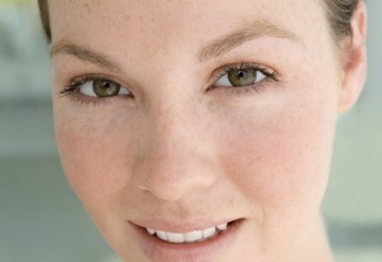 Чистка лица дома: как сделать чистку самостоятельно?