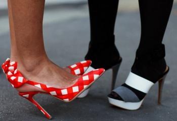 Туфли на выпускной 2013: какие надеть?