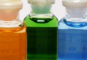 Эфирные масла от растяжек: лечение застарелых и предупреждение новых