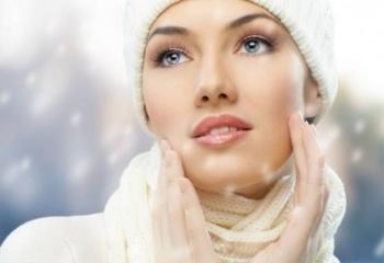 Как ухаживать за кожей лица зимой и оставаться молодой