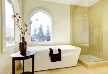 Выбор аксессуаров - незаменимых атрибутов стильной ванной