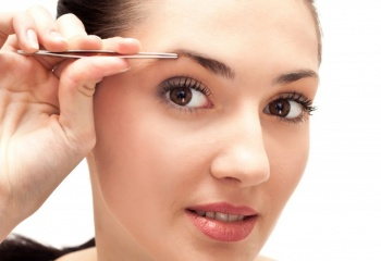 Эпиляция пинцетом - простой и доступный способ удаления волос