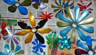 Как делать цветы из пластиковых бутылок своими
